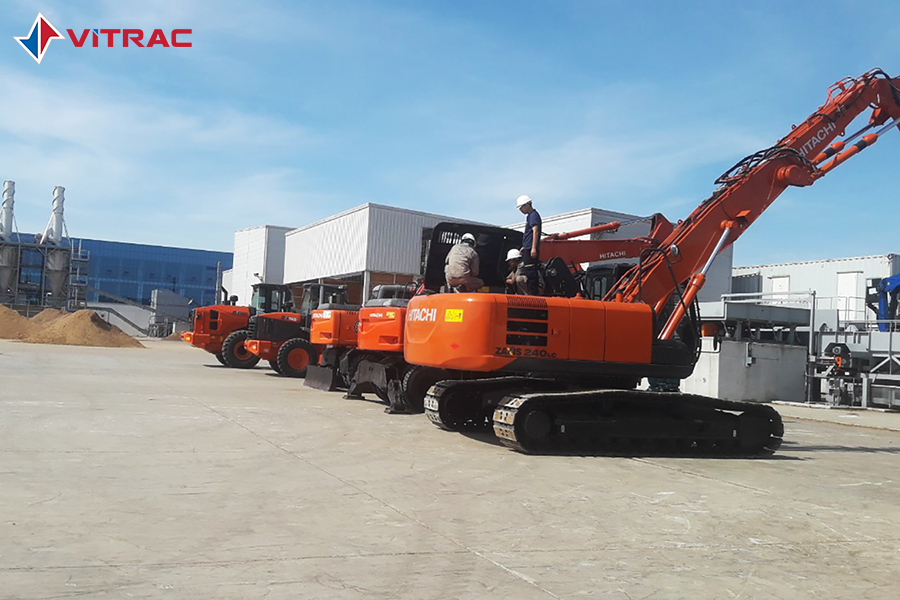 máy đào gầu ngoạn Hitachi